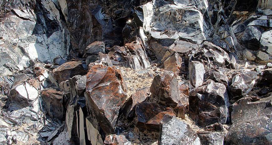 obsidiant-stone